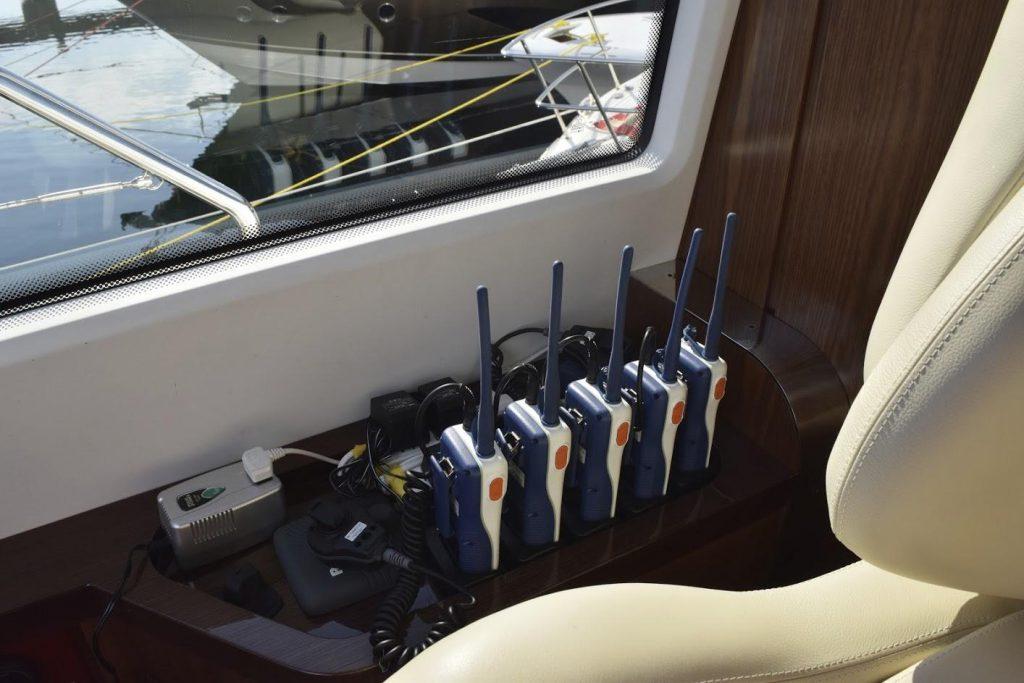 AZIMUT Flybridge Collection 80feet Cockpit.