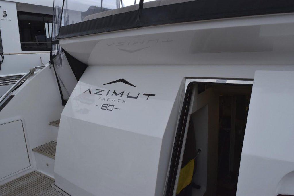 AZIMUT Flybridge Collection 80feet Engine room.