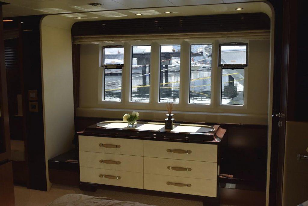 AZIMUT Flybridge Collection 80feet Lower Deck.