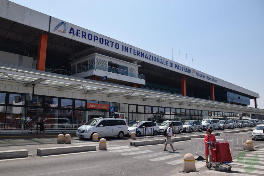 パレルモ ファルコーネ・ボルセリーノ空港
